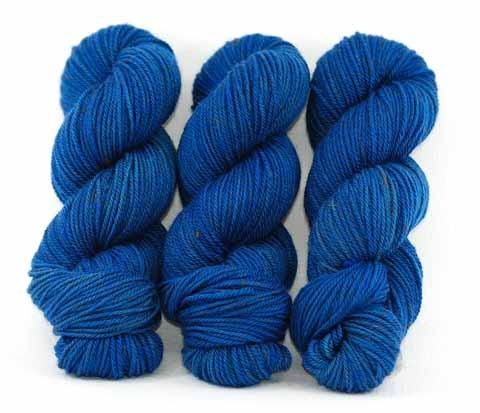 Egyptian Blue in Lascaux Worsted