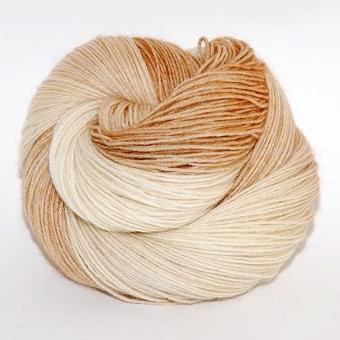 Himalayan Cat - Merino DK / Light Worsted - Dyed Stock