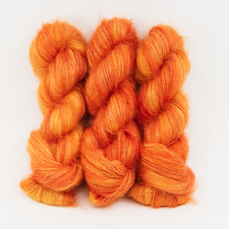 Nectarine in Fingering / Sock Weight