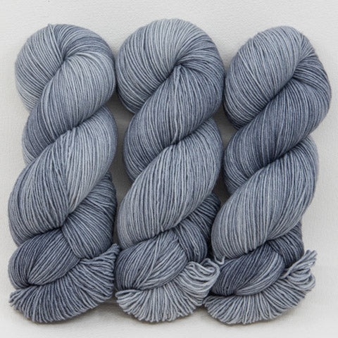 Russian Silver Blue - Passion 8 Sport - Dyed Stock