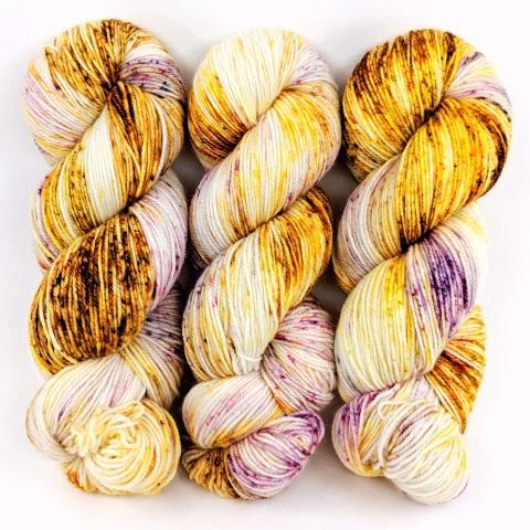 The Bee's Knees in Worsted Weight