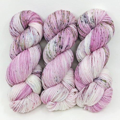 Tiny Orchid - Merino Singles - Dyed Stock