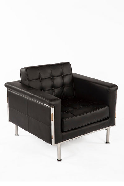 The Urne Lounge Chair