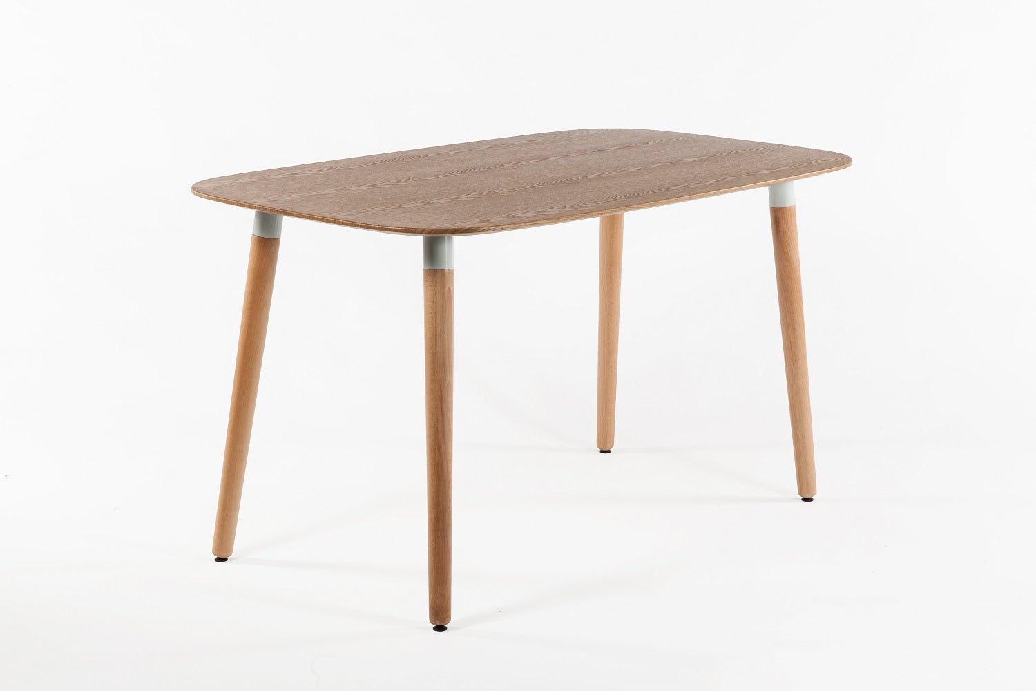 The Gennep Dining Table 3