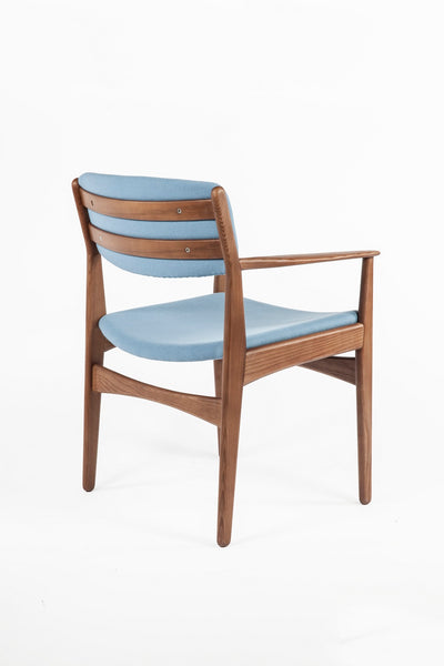 The Tiset Arm Chair [FEC9119LBLUE]