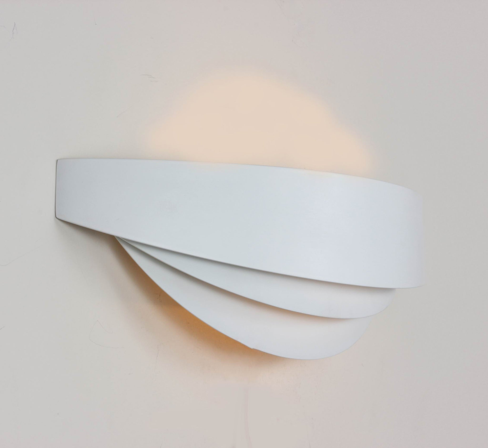 The Kaipo Wall Sconce [LS875WWHT]