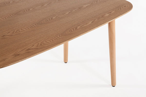 The Gennep Dining Table 2