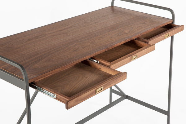 The Platz Table [FST009WALNUT]