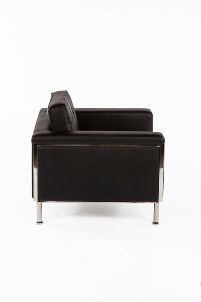 The Urne Lounge Chair 2
