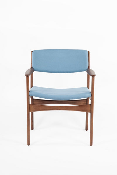 The Tiset Arm Chair [FEC9119LBLUE] 5