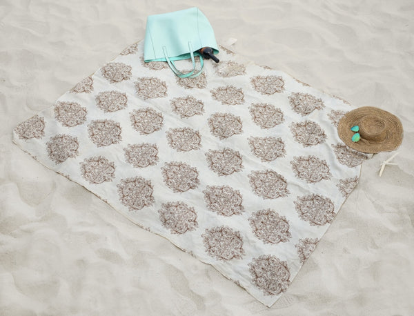 Beach Towel vs. Bath Towel: Everything You Need to Know