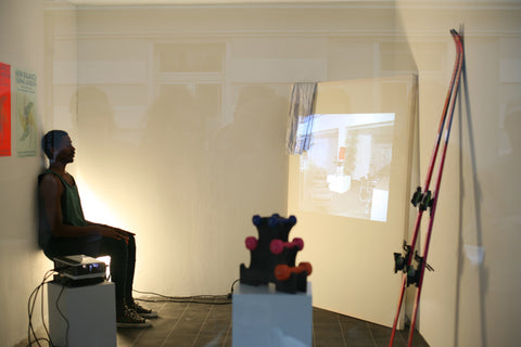 installation shot of gering lavesson's performance at flute douce gallery