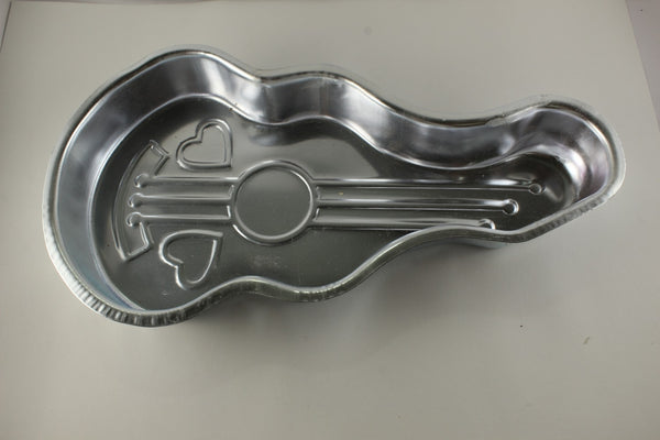 ALUMINIUM CAKE TIN – GUITAR SHAPE – BIG - H00958
