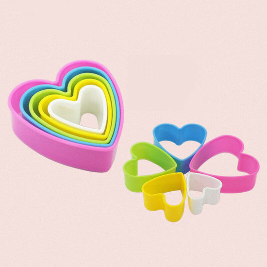 Multi Colour Heart Shape Plastic Cookie Cutter - Set of 5 Pieces - H01647