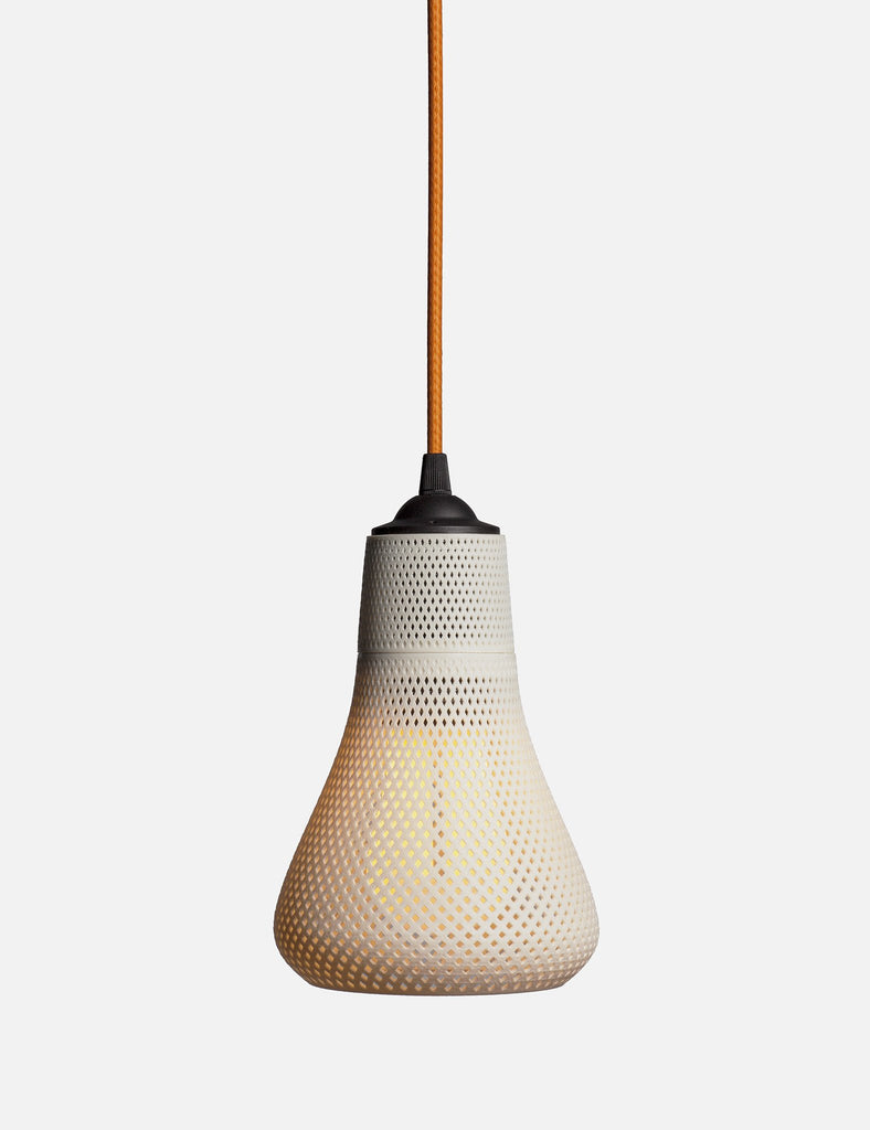 Plumen 002 with Kayan shade white with yellow chord