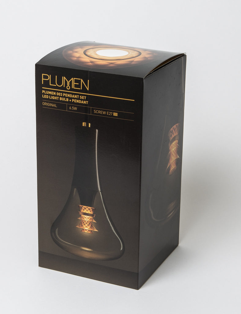 Plumen 003 lightbulb packaging