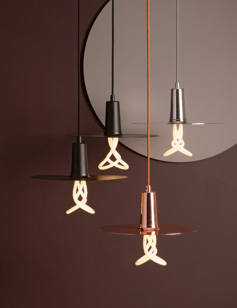 4 plumen drop hat lamp shade in black copper and chrome with 001 light bulbs