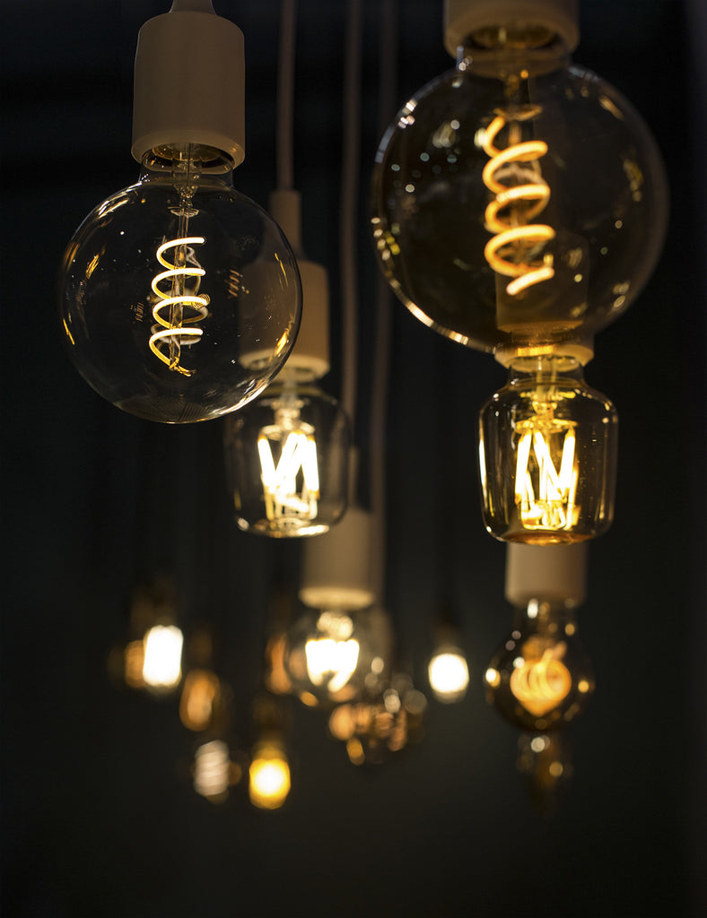Edison style WattNott Dimmable LED Vintage Style Bulbs display