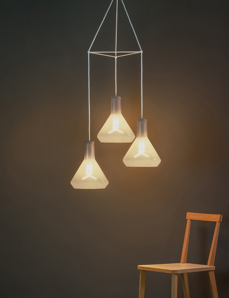 plumen 002 with drop top chandelier white