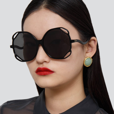 Jerry Oversized Sunglasses in Black