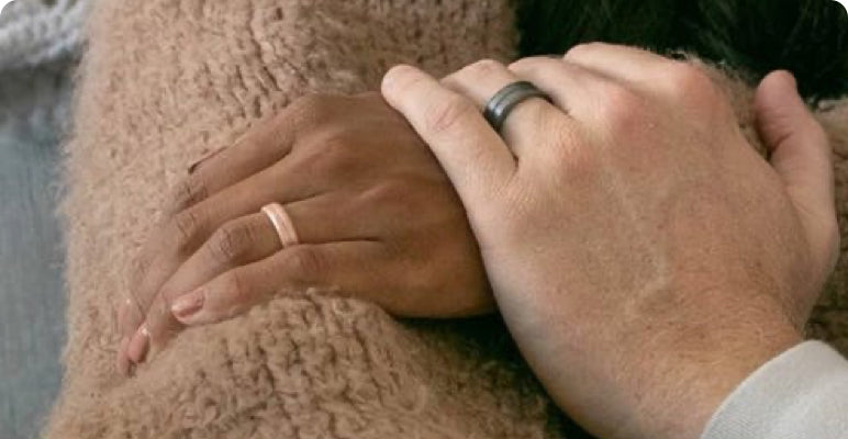 Never stop showing your commitment, a silicone wedding ring is beautiful and safe | Enso Silicone Rings