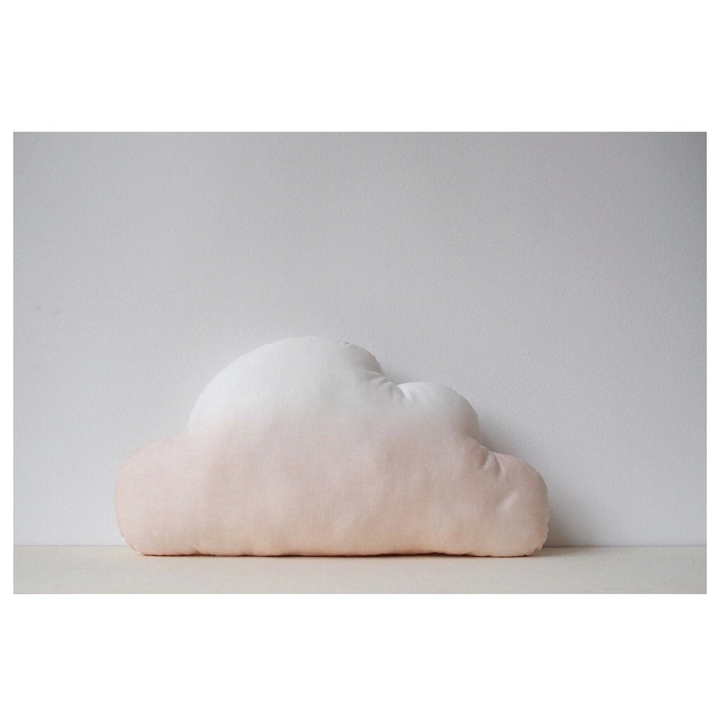 MIKANU Cloud Shaped Cushion