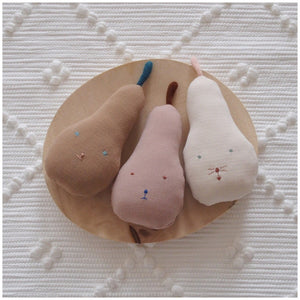 MIKANU PEAR RATTLE
