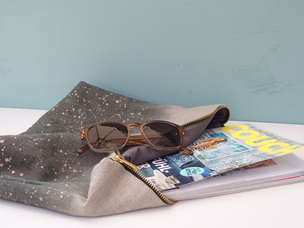 Sprinkled Linen Clutch