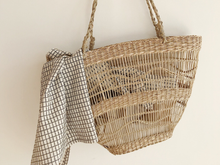 Load image into Gallery viewer, MIKANU LIMITED EDITION  - SEAGRASS  BASKET