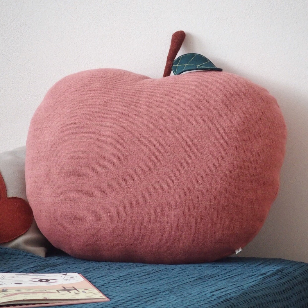 MIKANU APPLE PILLOW