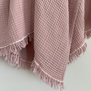 MIKANU SPECIAL OFFER CRINKLE THROW