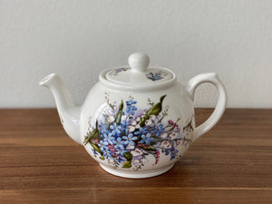 Vintage Royal Patrician Teapot by Dynasty (lilies)