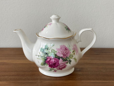 Vintage Royal Patrician Teapot by Dynasty (R)