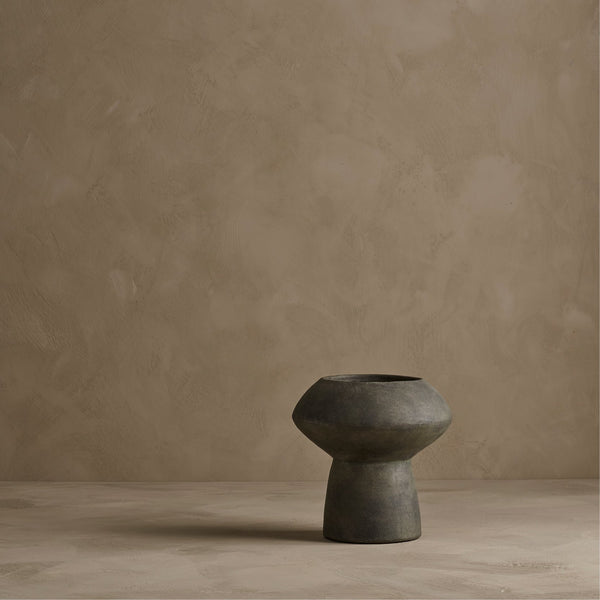 Sphere vase - fat - dark grey