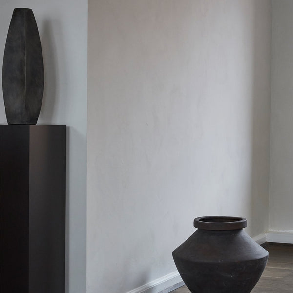 Arket vase dark grey