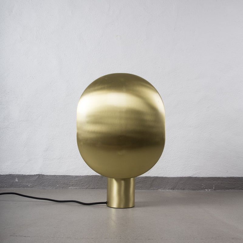 clam table lamp - oxidized
