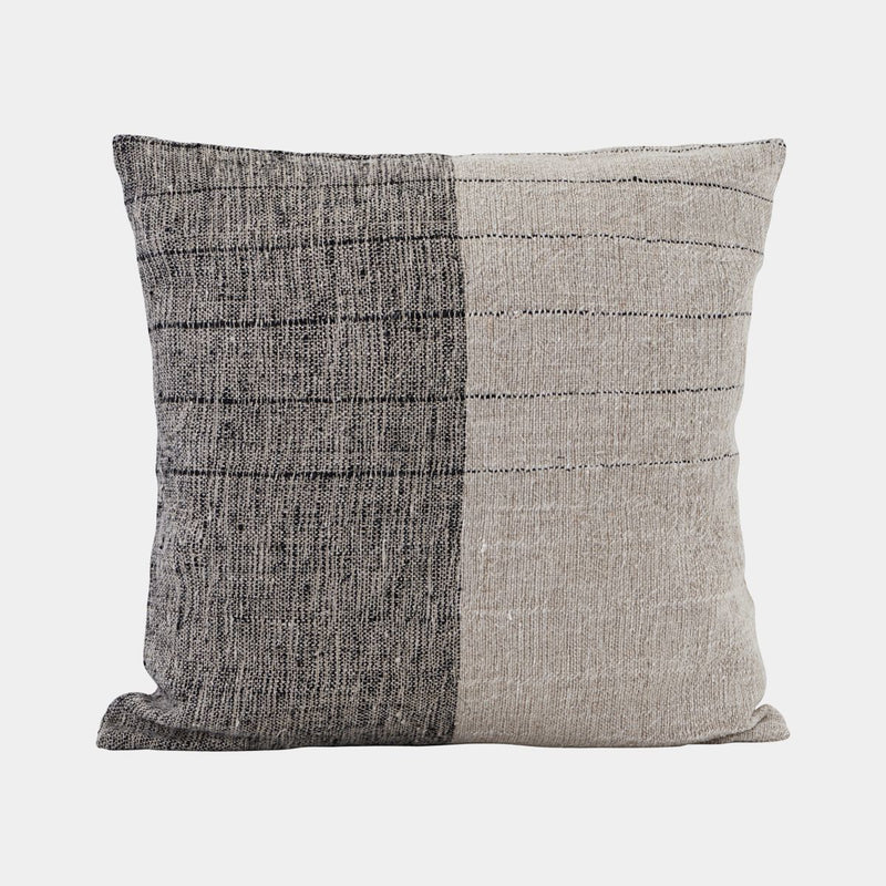 Dived pillowcase - black/off-white