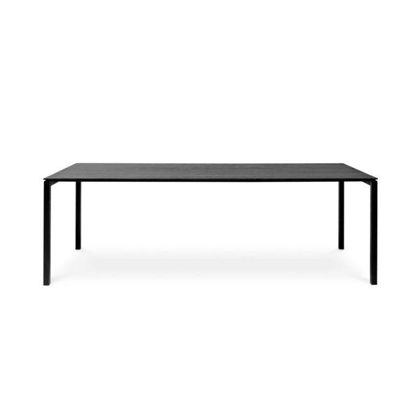 MISTRAL TABLE