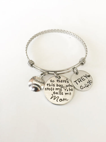 Boy mom - Bracelet for mother of boys - Hand - The Mommy Shoppe