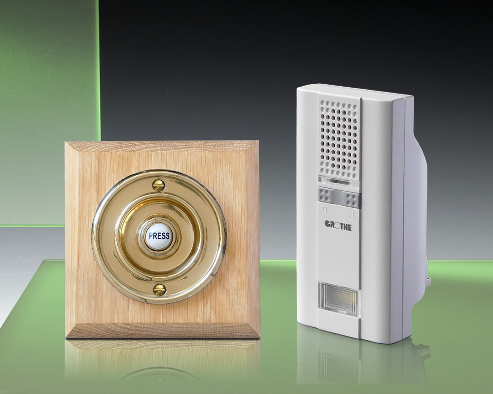 Mistral 250m Plug-in Chime Kit, Wireless Brass Push/Natural Oak
