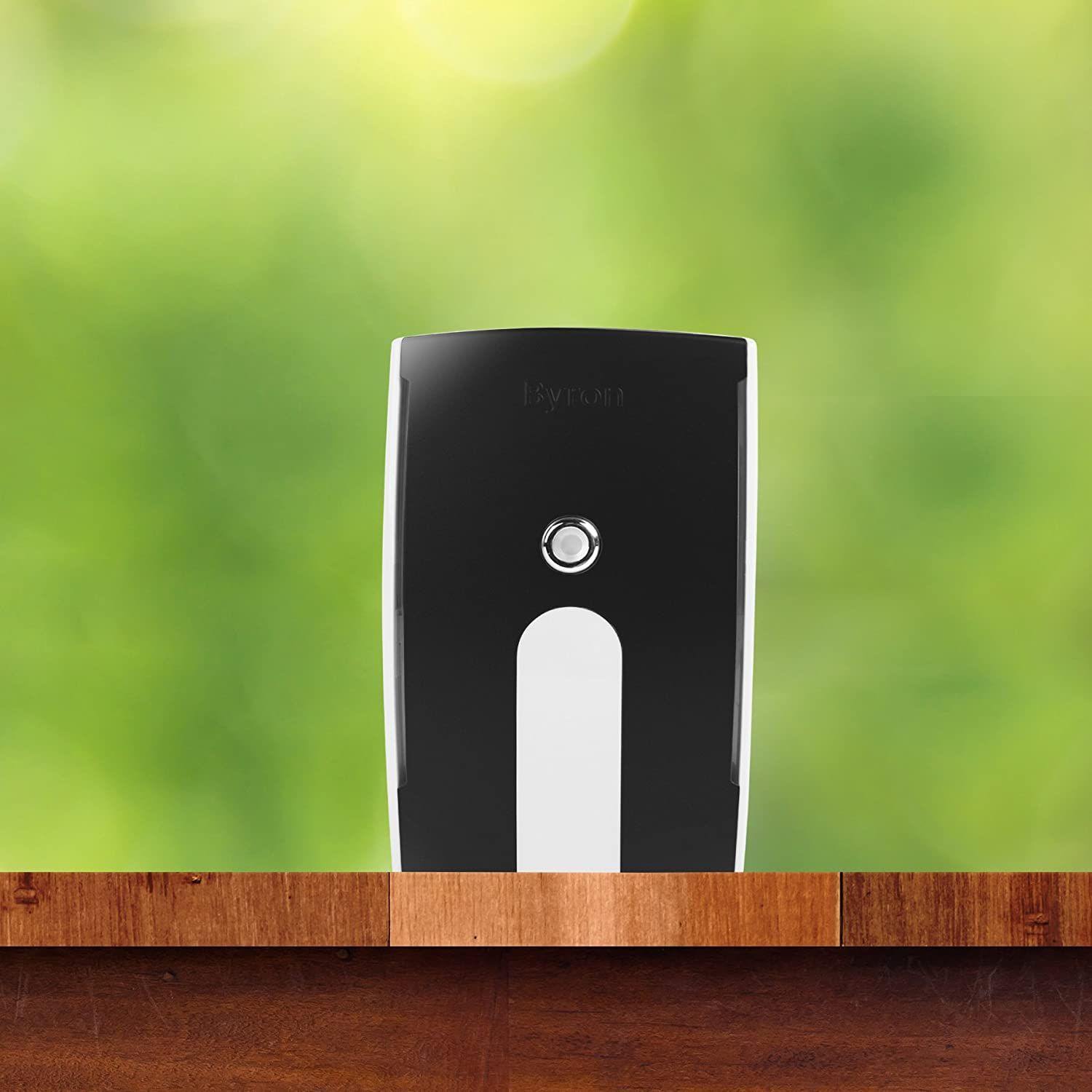 Byron BY535 125m Wireless Doorbell with Portable and Plug-in Flashing Chime