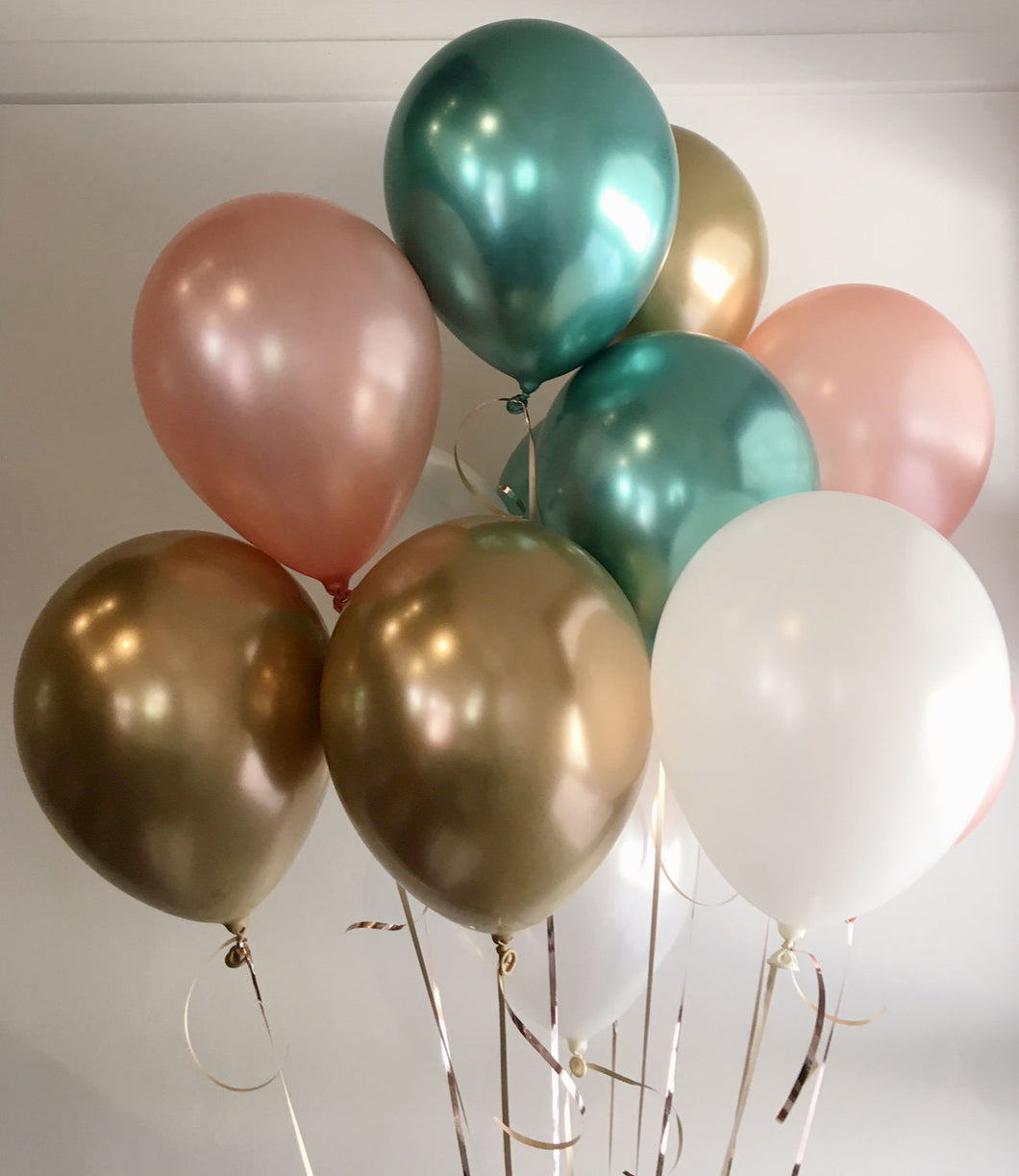 A Cluster Of Jewels Balloon Bunch - 12pk