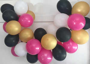 It's Ladies Night Mini Balloon Garland Set