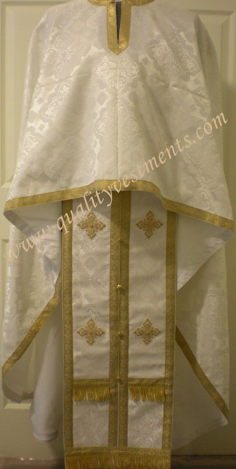 Priest Orthodox Greek style vestment nonmetallic Brocade White with Gold