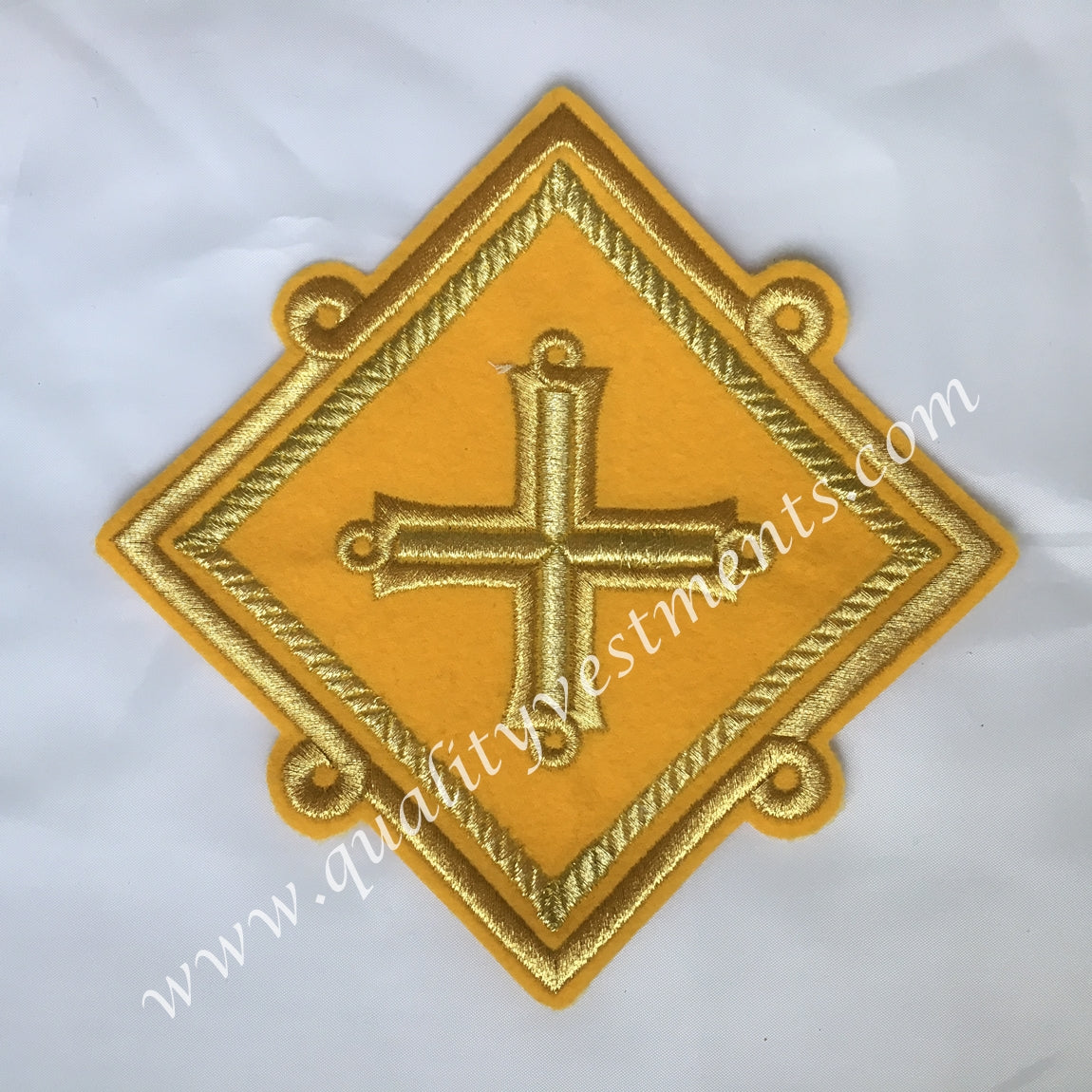 "Liturgical Vestment Star Kustodia Yellow Gold  embroidered 6"" (15 cm)"