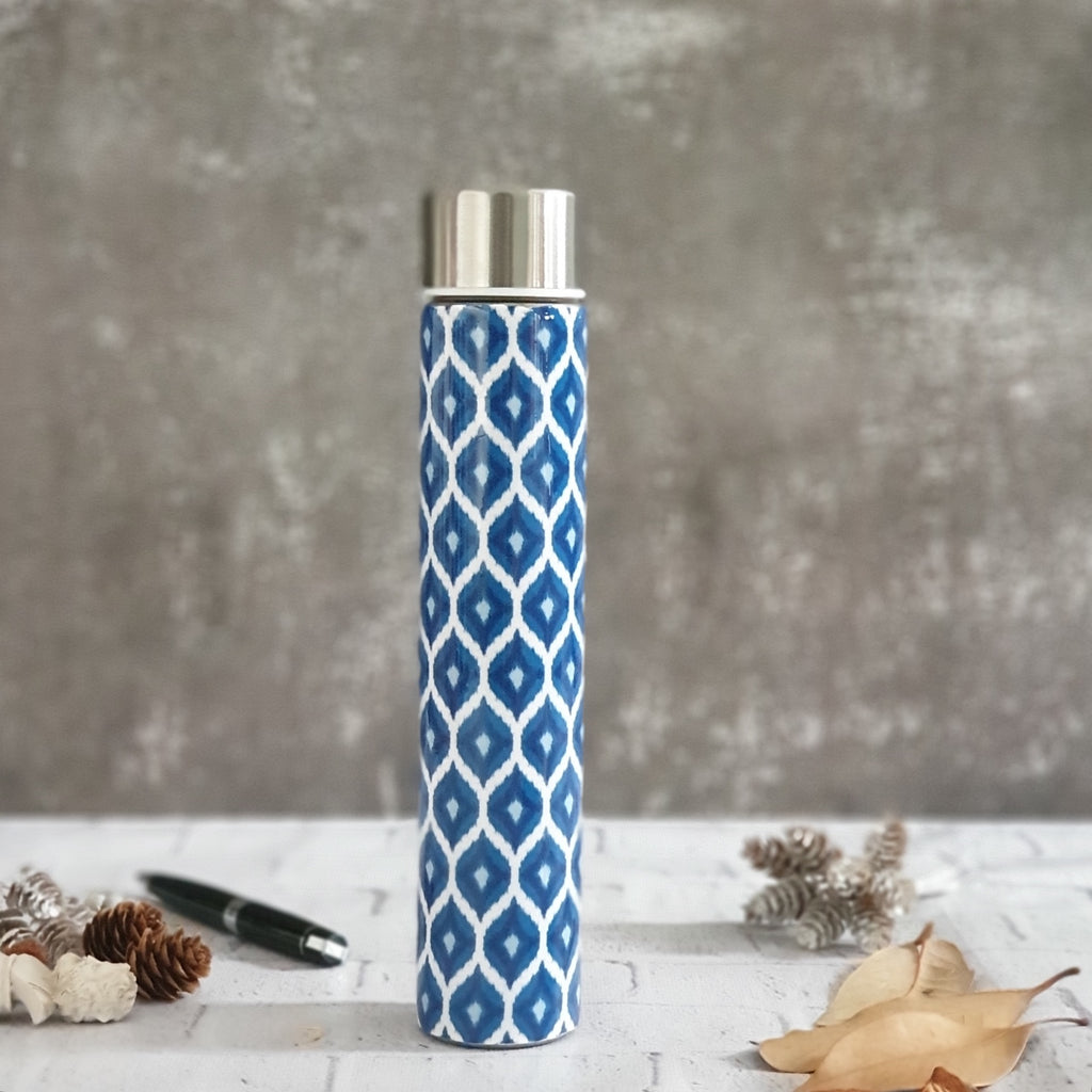 INSULATED SLIM BOTTLE - BLUE & WHITE IKAT