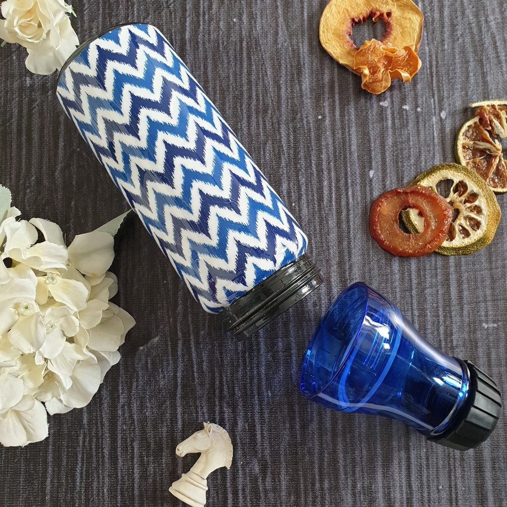 White & Blue Chevron Themed Fruit Infuser Bottle