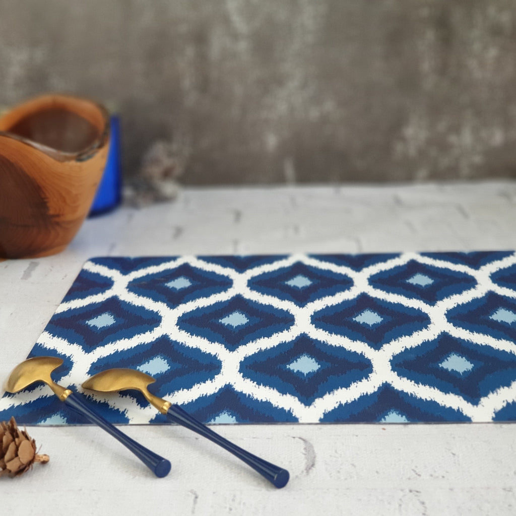 WIPE CLEAN TABLEMATS/PLACEMATS - BLUE & WHITE IKAT