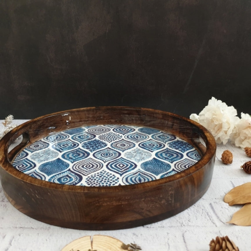 BLUE MANDALA COLLECTION ROUND SERVING TRAY WITH HANDLE CUTS