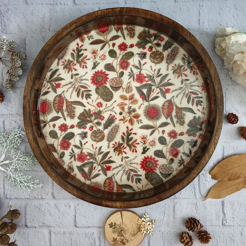 EARTHY TRADITIONAL COLLECTION ROUND SERVING TRAY WITH HANDLE CUTS